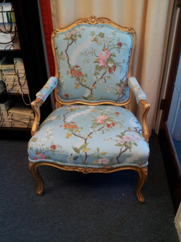 ChairUpholsteredeAfter