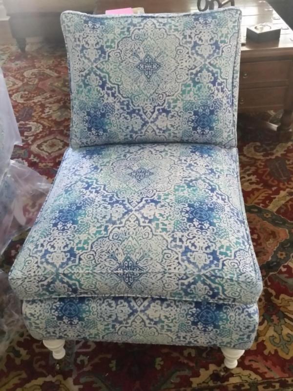 Livingroom_chairs
